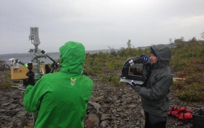 Livestreaming i ödemarken i hårt väder